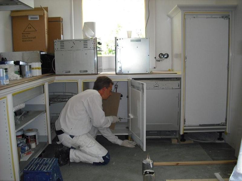 Keuken Schilderen Kosten : Keuken schilderen of overspuiten? Geluk Huisschilders voert het uit!